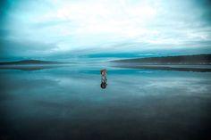 husky-walking-on-frozen-lake-14