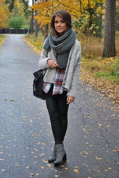 i'd rock: plaid shirt (Unique).  Chunky cardi (Kohls).  grey scarf (made by me).  pleather leggings.