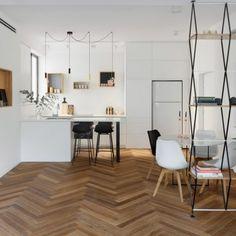 Maayan Zusman warms up Tel Aviv apartment with herringbone flooring
