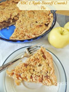 ABC {Apple Biscoff Crumb} Pie via thefrugalfoodiemama.com- tender apples, cinnamon, & gooey cookie butter in a flaky crust with a crunchy oat topping