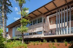 Image 1 of 8 from gallery of Sandy High School / Dull Olson Weekes Architects. Photograph by Josh Partee Education Architecture, Facade Architecture, Sustainable Architecture, Architecture Colleges, School Building Design, School Design, Sustainable Building Materials, Schools In America, Excellence Award