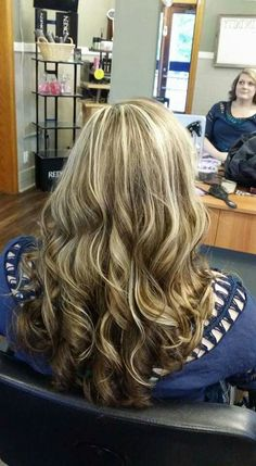 Beautiful blonde highlights and curls