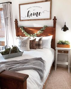 Influencers share their guest bedroom playroom ideas. Find out how home decorating experts style the&; Influencers share their guest bedroom playroom ideas. Find out how home decorating experts style the&; My Pano Influencers […] room daybed farmhouse Farmhouse Style Bedrooms, Farmhouse Master Bedroom, Wood Bedroom, Master Bedroom Design, Bedroom Decor, Farmhouse Decor, Bedroom Designs, Wall Decor, Urban Farmhouse
