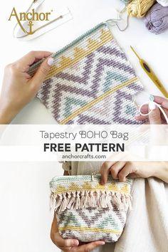 Handmade tapestry boho bag with fringe and striped pattern. Crochet Clutch Bags, Crochet Pouch, Crochet Handbags, Crochet Purses, Crochet Clutch Pattern, Crochet Bags, Tapestry Crochet Patterns, Crochet Wall Art, Boho Crochet