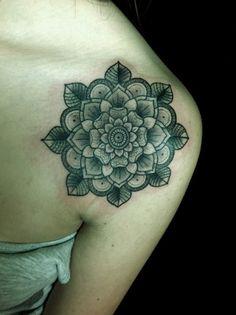 shoulder-tattoo-designs-50.jpg (600×803)