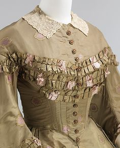 Afternoon dress ca 1862