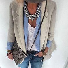 Coloque a sua marca , o seu estilo único no seu jeito de vestir!!! Ouse!!! #Inspiration #acessorios #style #casual #chic #consultoriadeestilo #patriciahermann #consultoriadeimagem #fashion #estilopessoal #dresscode #coolhunting #Amo!!!