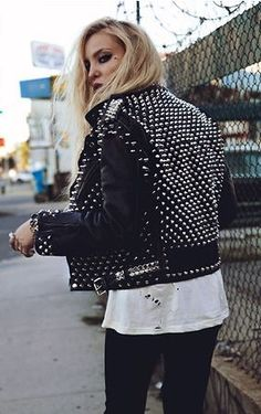 Rock 'n' Roll Style ✯ Anila in Christian Benner                                                                                                                                                      More