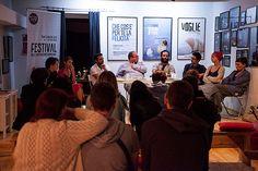 Ultimo incontro D|PAROLA – I nuovi linguaggi della scena contemporanea, modera Franco Cappuccio, protagonisti i drammaturghi Saverio Tavano, Gli Omini e i Maniaci d'Amore. _Sguardo di Officina Teatro_