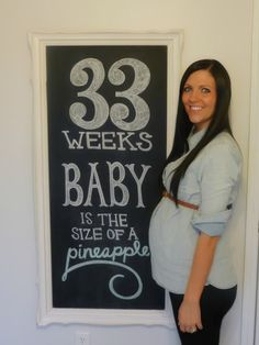 Weekly photos of pregnancy @33 weeks
