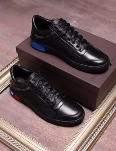 Louis Vuitton LV calf leather, inner sheepskin top layer leather, mens shoes