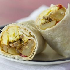 freezer breakfast burritos—stuffed with potatoes, eggs, sausage, and salsa, these burritos are the perfect make-ahead breakfast when you're on the go Make Ahead Breakfast Burritos, Low Fat Breakfast, Breakfast Wraps, Vegetarian Breakfast, Breakfast Bake, Best Breakfast, Breakfast Recipes, Turkey Breakfast Sausage, Gelato Recipe