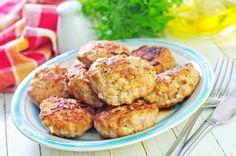 Mięso mielone przepisy na kotlety z pieczarkami Cauliflower, Vegetables, Breakfast, Ethnic Recipes, Food, Breakfast Cafe, Head Of Cauliflower, Veggies, Essen