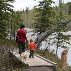 Spring Hiking with your family in Kananaskis / Calgary's Child Magazine Magazines For Kids, Lets Do It, Canadian Rockies, Camping With Kids, Family Adventure, Your Family, Happy Kids, Calgary, Environment