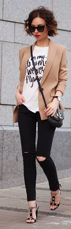 2d9e15b7d04 124 Awesome Graphic Tee Outfits images