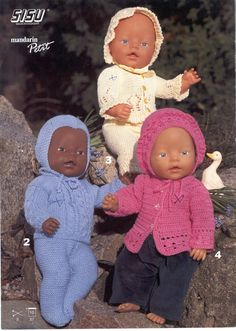 Revista Dukke Bonecas Bebê Tricô Crochê Knitting Dolls Clothes, Knitted Dolls, Doll Clothes Patterns, Baby Born Clothes, Bitty Baby Clothes, Baby Cardigan, Drops Baby, Giraffe Nursery, Baby Boy Baptism