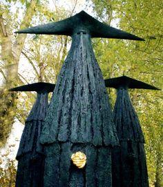 Philip Jackson Sculpture : Large Works : The Sentinels : Sculptor Philip Jackson Dark Fantasy, Fantasy Art, Charles Freger, Christopher Jackson, Henry Jackson, Statues, Arte Obscura, Oeuvre D'art, Costume Design