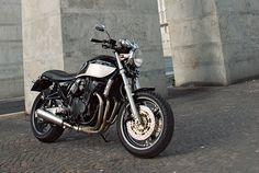 Suzuki GSX750 Inazuma