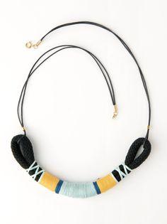 Collier ethnique DIY en corde et fil coloré Corde, Idée Bricolage,  Ethnique, Boucles a1b60acd2ac