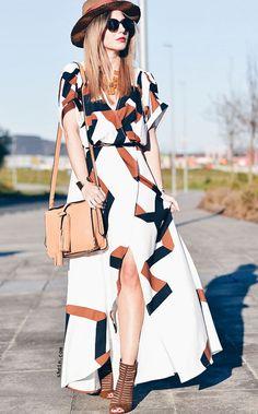 White Short Sleeve Geometric Print Split Maxi Dress