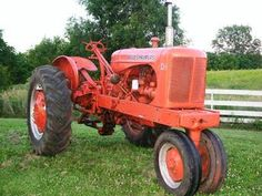 ALLIS CHALMERS WD 45 Tractor Service & Overhaul MANUALs with Workshop Maintenance and Repair Instruc Antique Tractors, Vintage Tractors, Old Tractors, Small Garden Tractor, Tractor Nursery, Caterpillar Equipment, Allis Chalmers Tractors, Classic Tractor, Repair Manuals