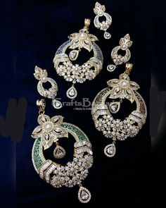 Craftsbazaar-Buy Exclusive handcrafted Products, Gifts, Treasures and Antiques Online directly from Craftspersons. Explore all arts and crafts. Jewelry Box, Women Jewelry, Antiques Online, Green Stone, Pendant Set, Feminine Style, Jewelry Collection, Pride, Stones