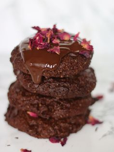Vegan double chocolate cookies packed with dark chocolate chips and topped with rose petals. An indulgent treat for Valentines Day to share with loved ones or give as a gift.