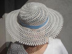 Węgierskie Koronki Muzeum: Galeria Bobbin Lace, Summer Hats, Sun Hats, Panama Hat, Beach Hats, How To Wear, Beads, Fashion, Gloves