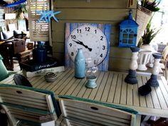 Στα καταστήματα μας θα βρείτε μεγάλη ποικιλία καλοκαιρινών διακοσμητικών για εσωτερικούς και εξωτερικούς χώρους!