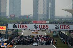 Formule 1 Grand Prix van China 2014, Formule 1 Chinese Grand Prix, Red Bull, Ferrari, Vans, Travel, F1, Formula 1, Viajes, Van