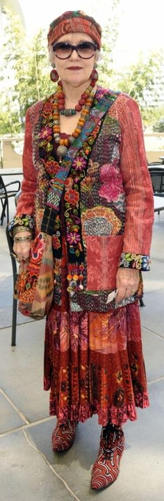 Lovely colors. What I love about older women is their ability to wear what suits them and their personality, regarglessof how gaudy their outfit may be
