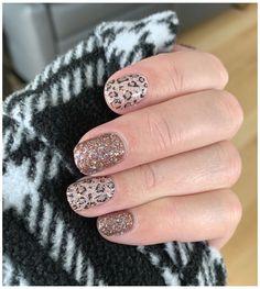Nail Polish Combinations, Nail Color Combos, Nail Colors, Fancy Nails, Cute Nails, Bling Nails, Bling Bling, Stylish Nails, Trendy Nails