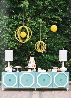 Haul some pretty furniture into a backyard wedding >> Fun, indeed and then you have an awesome piece of furniture that doubles as a wedding keepsake!