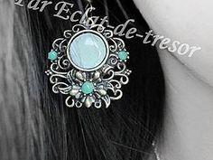 Boucles d'oreilles Fleur et cabochon vert jade