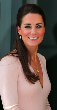 Duchess of Cambridge Kate Middleton Duchess Kate, Duchess Of Cambridge, Duke And Duchess, Prince William And Catherine, William Kate, Princess Charlotte, Princess Diana, Princesse Kate Middleton, Princesa Kate
