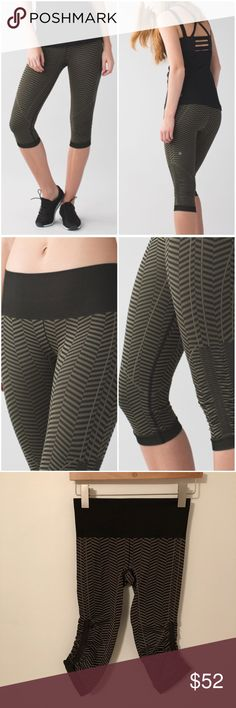 407f8785348d Lululemon In The Flow Crop Lululemon In The Flow Crop in the color called  Heathered Fatigue Green Black