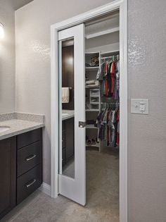 Pocket doors – space-saving alternatives with an architectural effect