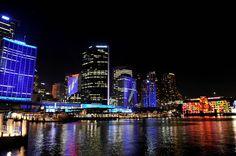 SYDNEY, AUSTRALIA. Festival de Luzes do Vivid Sydney. Encontrada em http://www.taringa.net/posts/imagenes/14960226/Festival-de-la-Luz-en-Sydney.html