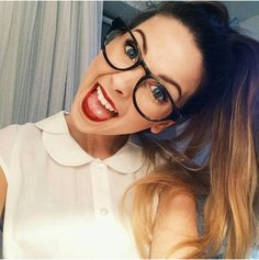 Zoella - one of the last photos of Where does the time go? Zoella Hair, Zoella Beauty, Beauty Tips, Mascarillas Peel Off, Tanya Burr, Zoe Sugg, Best Youtubers, British Youtubers, Girl Online