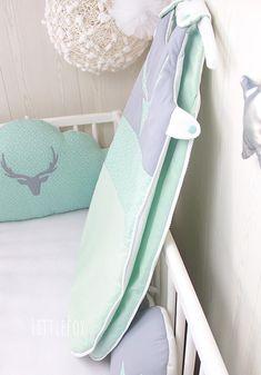 Gigoteuse bébé Cerf   Etsy Nursery Room, Etsy, Sea Green Colour, Baby Racoon, Child Room
