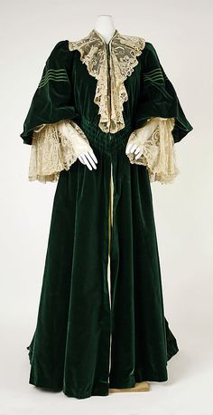 """Dress (Tea Gown), dark green velvet? House of Worth  (French, 1858–1956) Date: ca. 1905 Culture: French Medium: silk. Accession Number: C.I.57.17.7"""