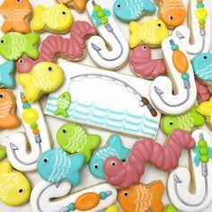 Gone Fishing cookies No Bake Sugar Cookies, Sugar Cookie Royal Icing, Fancy Cookies, Iced Cookies, Cute Cookies, How To Make Cookies, Cupcake Cookies, Crazy Cookies, Cupcakes