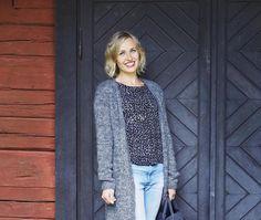 Pitkä neuletakki – katso ohje   Meillä kotona Knit Crochet, Arts And Crafts, Vest, Blazer, Knitting, Pattern, Sweaters, Jackets, Tops