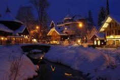 Picture-book village of Kandersteg at night