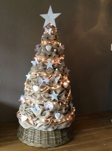 Jute kerstboom #kerstboom#burlap#kerst#christmas#landelijk#handmade#jute#tree