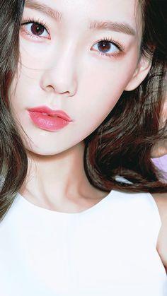 Taeyeon Banila Co. Girls Generation, Taemin, Bff, Taeyeon Fashion, Kim Hyoyeon, Yoona Snsd, Kim Tae Yeon, Asian Makeup, Ulzzang Girl