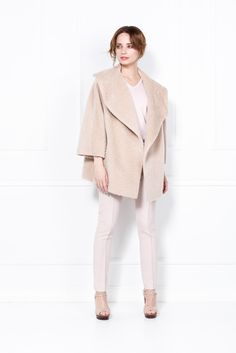 PATRIZIA ARYTON | Platinium Bell Sleeves, Bell Sleeve Top, Personal Style, Fashion Show, Ss 17, Style Inspiration, Coat, Notes, Polish