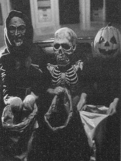 Halloween III Season of the Witch. But in b&w it looks vintage, huh?