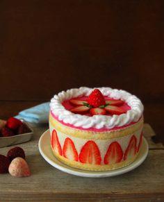 Etsy の Felt Food French Strawberry Shortcake by milkfly