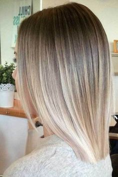15 Must-See Straight Hairstyles for Short Hair: #3. Ombre Blonde Hair
